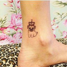 Tattoo pequena de pug