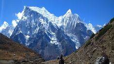 Trail running Nepal, looking out over the Annapurna range. Trail Running, Nepal, Mount Everest, Range, Mountains, Nature, Travel, Cookers, Naturaleza