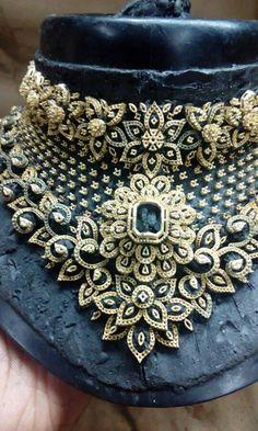 Diamond Choker Necklace, Diamond Jewelry, Jewellery Sketches, India Jewelry, High Jewelry, Gold Bangles, Necklace Designs, Bridal Jewelry, Fashion Jewelry