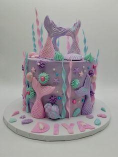 Siren Mermaid, Mermaid Cakes, Cake Ideas, Birthday Cake, Treats, Desserts, Food, Sweet Like Candy, Tailgate Desserts