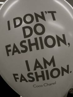 One of my favorite CoCo Chanel quotes. Coco Chanel, Chanel Bags, Chanel Handbags, Donna Karan, Citations Chanel, Great Quotes, Quotes To Live By, Inspirational Quotes, Clever Quotes