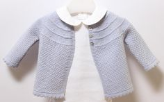 Stricken Anleitung :Baby Jacket / Knitting Instructions in English / PDF Instant Baby Knitting Patterns, Baby Cardigan Knitting Pattern, Knitting For Kids, Baby Patterns, Gestrickte Booties, Cardigan Bebe, Lace Cardigan, Toddler Cardigan, Knitted Baby Clothes