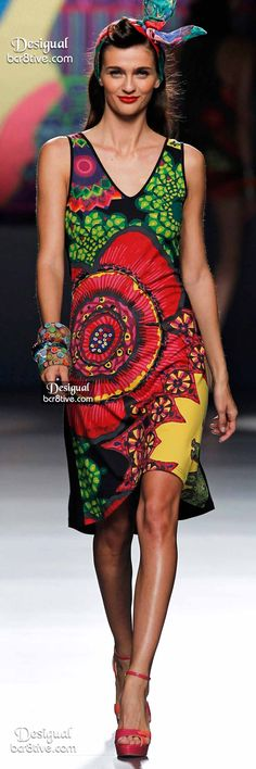 """Commemorating the brand's 30 year history, the Spring 2015 collection, """"Say Something Nice"""" featured happy models in festive Ready to Wear fashions Christian Lacroix, Spring 2015 Fashion, Casual Dresses, Summer Dresses, Madrid, Casual Elegance, Colorful Fashion, Fashion Prints, Pretty Outfits"""