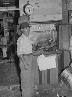 Vendedor de pernil,1949,Rio Piedras ,Puerto Rico