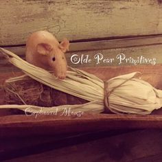 Primitive cupboard mouse. Pattern by Olde Pear Primitives©2015