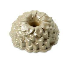 Nordic Ware Blossom Bundt cake tin/pan - non stick pan - novelty flower cake