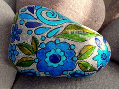 Twilight Garden / Painted Rock / Sandi Pike Foundas / Cape Cod / Sea Stone
