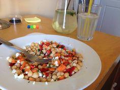 #resalad  ρεβύθια, καρότο, ντομάτα, φέτα, μαϊντανός