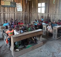 v škole u Masajov - reportáž z kene Nairobi, Shoe Rack, Safari, Boho, Shoe Cupboard, Bohemian, Shoe Racks, Shoe Closet, Bohemian Style