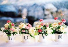 Ideia original flores casamento. #casamento #decoração #flores