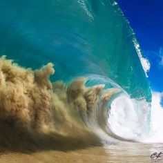 This Wave Captured by Clark Little - FunSubstance Big Waves, Ocean Waves, Clark Little Photography, Shore Break, Destinations, Beneath The Sea, Ocean Photos, Water Pictures, Ocean Wallpaper