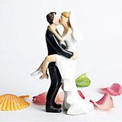 pareja besándose topper de la torta – USD $ 9.99