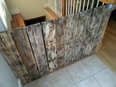 Pallet wood saftey gates