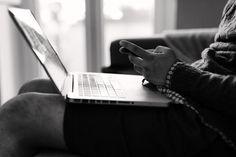 Um novo ano chegou e com ele a oportunidade de crescer profissionalmente com a ajuda da internet. E o melhor: sem gastar um só centavo para isso. Ao longo do mês de janeiro, cursos online a gratuitos em diversas áreas terão início.