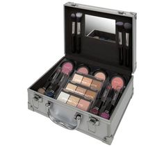 Buy Technic Silver Colour Master Beauty Train Case at Argos. Thousands of products for same day delivery £3.95, or fast store collection. Beauty Case, Makeup To Buy, Train Case, Little Boxes, Argos, Most Beautiful Women, Silver Color, Makeup Sets, Delivery