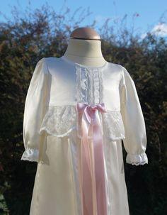Vår dopklänning Molly Christening gown