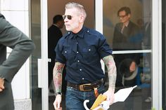 People who inspire me: Nick Wooster This man, as mature as he is, dresses better than any of us can. His love for cult brands is insane. I look towards Nick Wooster for inspiration on how to dress whenever I feel a need to. I've read somewhere before that one should always dress his age, and this man sure does it well without looking like an old fart. When I mature, I want to be like him.