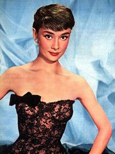 Un conte de fée moderne : Audrey Hepburn, beauté immortelle - Linternaute