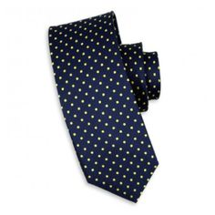 This Charles Wilson Denshaw Navy Blue and Gold Silk Tie can be worn for any occasion and looks great with a blue or white shirt.