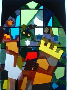 Con este collage pretendí jugar con el color, la luz y sus distintas propiedades. Hice una representación de una vidriera jugando con la opacidad del negro y del papel de colores -traslúcido y transparente- sobre el folio blanco.