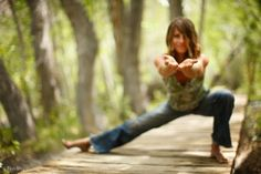 Gentle Yoga can help with pain and stiffness. 50 Yoga Moves to Cure Any Kind of Pain or Problem Yoga Bewegungen, Yoga Moves, Vinyasa Yoga, Yin Yoga, Yoga Meditation, Yoga Art, Workout Exercises, Workout Ideas, Yoga Fitness