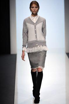 Sacai - Fall 2012 Ready-to-Wear