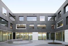 Carehotel Middelpunt / Architectuuratelier Dertien12