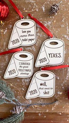 Funny Christmas Ornaments, Diy Christmas Gifts, Christmas Art, Christmas Projects, Christmas Humor, Homemade Christmas, Christmas Holidays, Christmas Toilet Paper, Funny Christmas Sayings