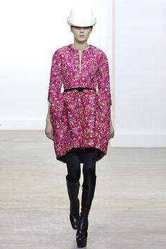Balenciaga Fall 2006 Ready-to-Wear Fashion Show - Hilary Rhoda
