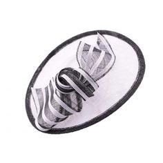 Chapeau Cérémonie Agathe en sisal blanc et noir #chapeaumariage #mariage #mode #fashion sur votre boutique Mariage Hatshowroom.com