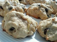 dark chocolate banana cookies! Just made these: sooo good! except they don't look as pretty as this pic...story of my life. But they are definitely worth making if you have some overripe bananas to use!