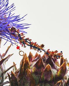 Al pie de las montañas cubiertas de follaje verde y púrpura, cactus explotando con flores embriagantes, delinean un desierto lleno de exotismo. 🌵  CONSULTAS: +595985 166 966  #Pinterest www.pinterest.com/LesNereidesLaAm  #Instagram www.instagram.com/lesnereideslatinamerica #Twitter www.twitter.com/LesNereidesLaAm  #NuevaColeccion #ShoppingDelSol #Asuncion #Paraguay #FRANQUICIA #Lesnereidespy #jewelry #lesnereides #paris