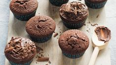 One-bowl chocolate cupcakes - 185gms S.R Flour, 55g Cocoa powder ,sifted , 245gms brown sugar.125gms butter at room temperature , 2 teas. vanilla extract, 170mls water. Preheat oven to 180deg. C. Line a 12 hole muffin tin. Put all dry ingredients in a bowl and then add wet ingredients. Beat on low speed until combined and then increase speed and beat for 3 to 4 mins. divide evenly in patty pans and bake for 25 - 30 mins,