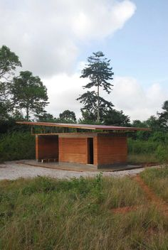 "Karolina and Wayne Switzer, participants of the Nka Foundation's ""10×10 Shelter Challenge"" design and build a 10 by 10 feet shelter deep in the heart of Ghana."