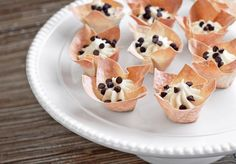 Cannoli cups. I might try to use those pre-fabbed phyllo dough cups for this... looks easy enough!
