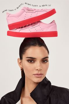 Supermodel Kendall Jenner is the face of adidas Originals spring-summer 2019 Sleek sneaker campaign, captured by Leonn Ward. Besides her colorful platform sneakers, Kendall also wears cool-girl fashion looks from the Bellista athleisure collection. Kendall Jenner Adidas, Kendall Jenner Style, Kendall And Kylie, Dolce & Gabbana, Beyonce, Rihanna, Kardashian, Fashion Photo, Girl Fashion