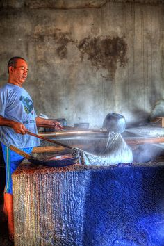 Indonesia - Java - Yogyakarta - Batik Plentong (Wax Resist Dyeing factory). Plentong Traditional Batik Specialist jalan Tirtodipuran No. 48  Kotamadya, Yogyakarta