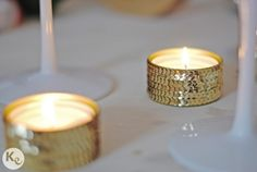 Turn tin cans into candle holders with this turtorial Tin Can Crafts, Diy And Crafts, Homemade Candles, Tin Candles, Christmas Deco, Tea Light Holder, Diy Party, Party Ideas, Diy Wedding