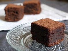 Suite à mon article sur la quête du meilleur gâteau au chocolat du monde, Lau du très joli blog Trop Chou m'a suggéré une recette testée et approuvée. Dès qu'une occasion s'est pr…