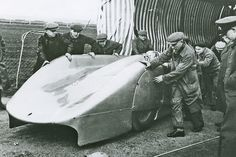 1938 Auto Union Type-C Streamliner Pilot: Bernd Rosemeyer