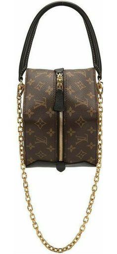 Louis Vuitton Accessories, Shoulder Bag, Bags, Fashion, Handbags, Moda, Fashion Styles, Shoulder Bags, Fashion Illustrations