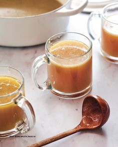 Beef Bone Broth Recipe for Leaky Gut agutsygirl.com #bonebroth #broth #leakygut #guthealth Beef Bone Broth, Beef Bones, Recipe Girl, Leaky Gut, Gluten Free Recipes, Cravings, Dairy Free, Stuffed Peppers