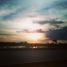"""""""Há dias tão lindos. Há momentos tão simples."""" - Ponte Rio Negro (Manaus-AM)"""