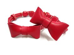 Dog Collar - Removeable Bow-Tie Dog Collars by PTagsShop on Etsy. Dog Collar