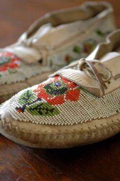 af6b7aa036a1 Antrique moccs (I just like these shoes) hehehe Boho Shoes