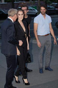 Céline Dion sexy : elle laisse entrevoir sa poitrine