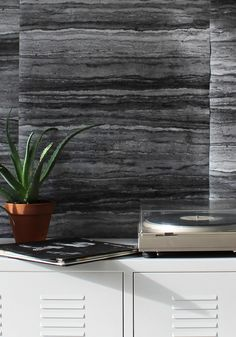 Inspired by the canyons of North America's rambling west, this majestic wallpaper will add just the right amount of weight to a feature wall or room that needs grounding. Grey Stone Wallpaper, Plain Wallpaper, Stone Interior, Home Interior Design, Interior And Exterior, Interior Wallpaper, Wallpaper Ideas, Traditional Wallpaper