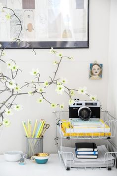 organize - home office - opbergen - bloemen - camera