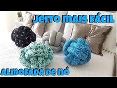 ESSA É A MELHOR VERSÃO DO PASSO A PASSO DE COMO FAZER A  ALMOFADA DE NÓ QUE ENCONTREI! Diy Pillows, Decorative Throw Pillows, Macrame Youtube, Sewing Projects For Beginners, Projects To Try, How To Make Scrapbook, Knot Pillow, Simply Crochet, Ideas Hogar