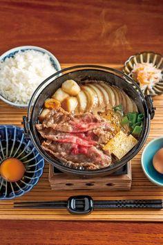 京都観光の楽しみの一つといえばランチ!おばんざいや京懐石など、京都らしいグルメも候補にしたいけど、食べごたえのある肉料理もおすすめ!そこで、京都に来たら絶対食べ... Food Spot, Daily Meals, Looks Yummy, Food Menu, Japanese Food, Soul Food, Food Dishes, Gourmet Recipes, Food Photography